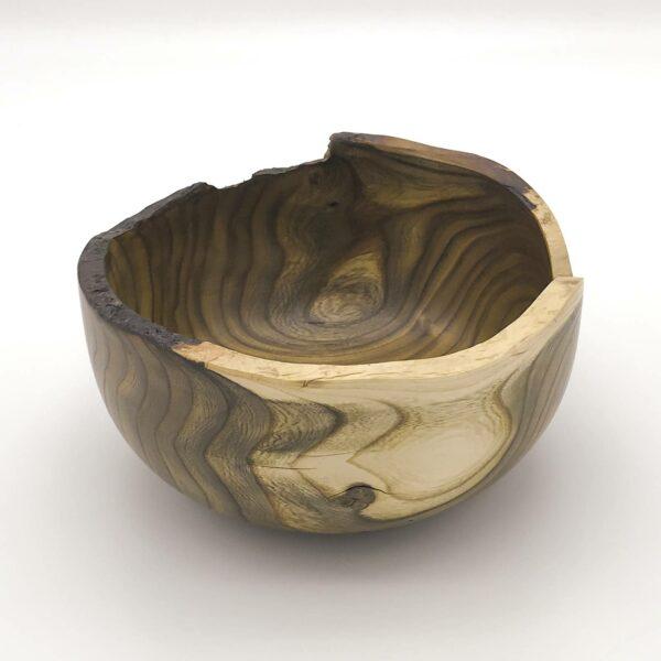 Schale Ø 18 cm, Essigbaum mit Naturrand