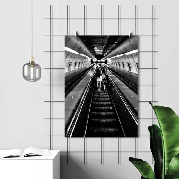 Poster Alltagsruhe aufgehangen