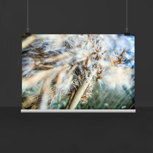 "Kunstwerk ""Endlose Tiefe II"" hängt beispielhaft an Seilen"